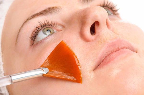 Anwendung Fruchsäure Peeling